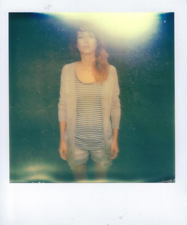 Maja Umańska; Krzaki; Liście; Polaroid