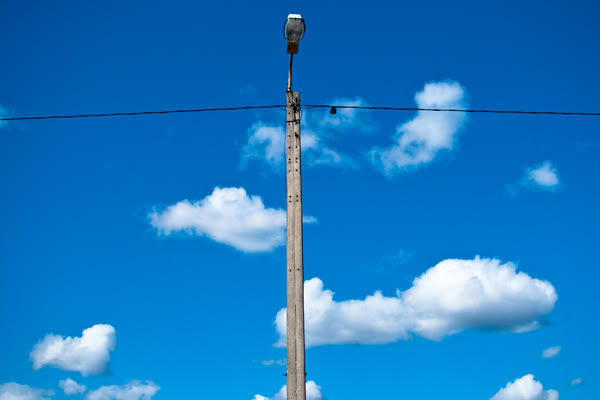 latarnia, lamppost, niebo, sky, chmury, clouds