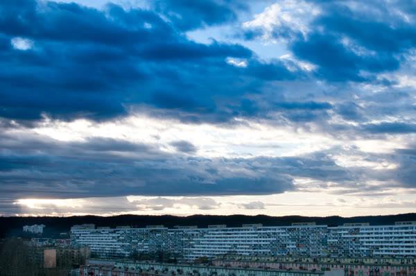 przymorze; primore; niebo; sky; chmury; clouds; bloki; blocks of flats