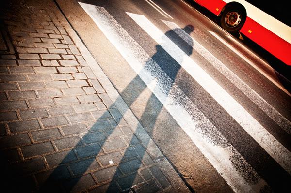 Ja, me, pasy, stripes, autobus, bus, cień, shadow, ulica, street
