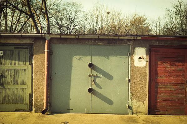 Gararze; garages; przymorze; tysiąclecia; cień; shadow